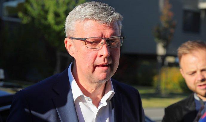 Volby 2021: Karel Havlíček přijel do volebního štábu hnutí ANO na pražském Chodově (9. 10. 2021)