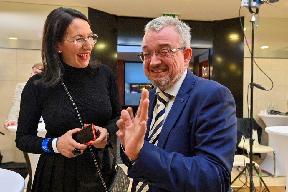 Volby 2021: Štáb Spolu (9.10.2021): Alexandra Udženija a Marek Benda