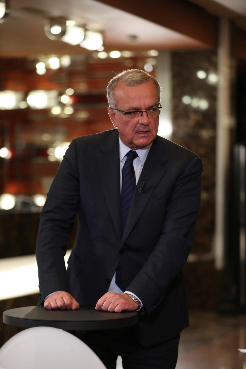 Do vítězného štábu koalice Spolu dorazil Miroslav Kalousek (9. 10. 2021)