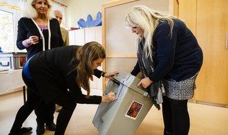 Kandidáti pro volby do poslanecké sněmovny 2021: Na koho strany vsadily v krajích?