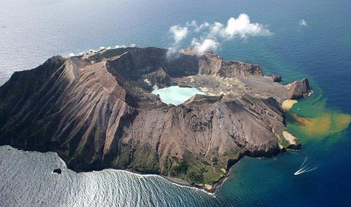Vulkanický ostrov, ilustrační foto