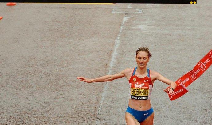 Vytrvalkyně Lilija Šobuchovová byla podle francouzského webu Mediapart jednou ze šesti ruských atletů, kteří se stali terčem vydírání ze strany funkcionářů ruské atletické federace.