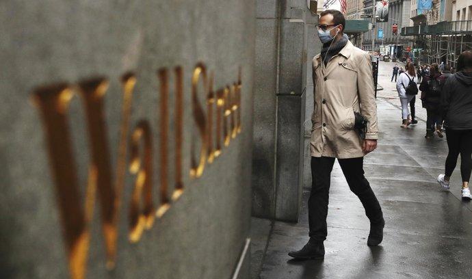 Wall Street napjatě čeká na výsledky voleb