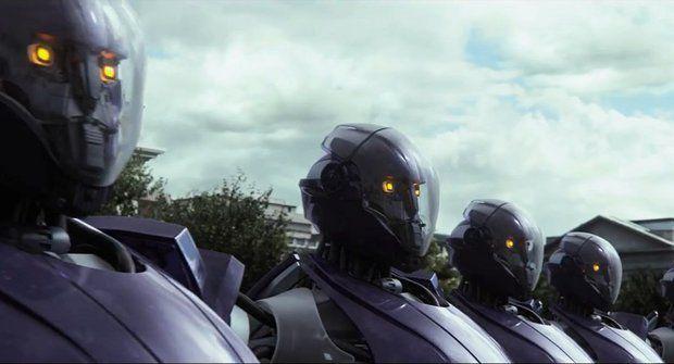 Na X-Meny útočí vražední roboti, pak jsme na řadě my