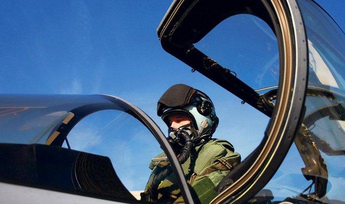 český pilot v gripenu