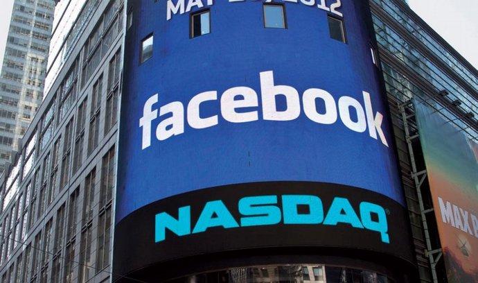 Za nepovedený vstup Facebooku na burzu může firma tvrdě pykat