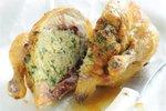 Kuře pečené s jemnou nádivkou