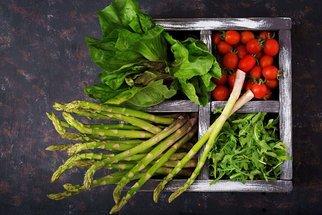 Jaro v jídelníčku: Recepty z chřestu, rukoly či medvědího česneku