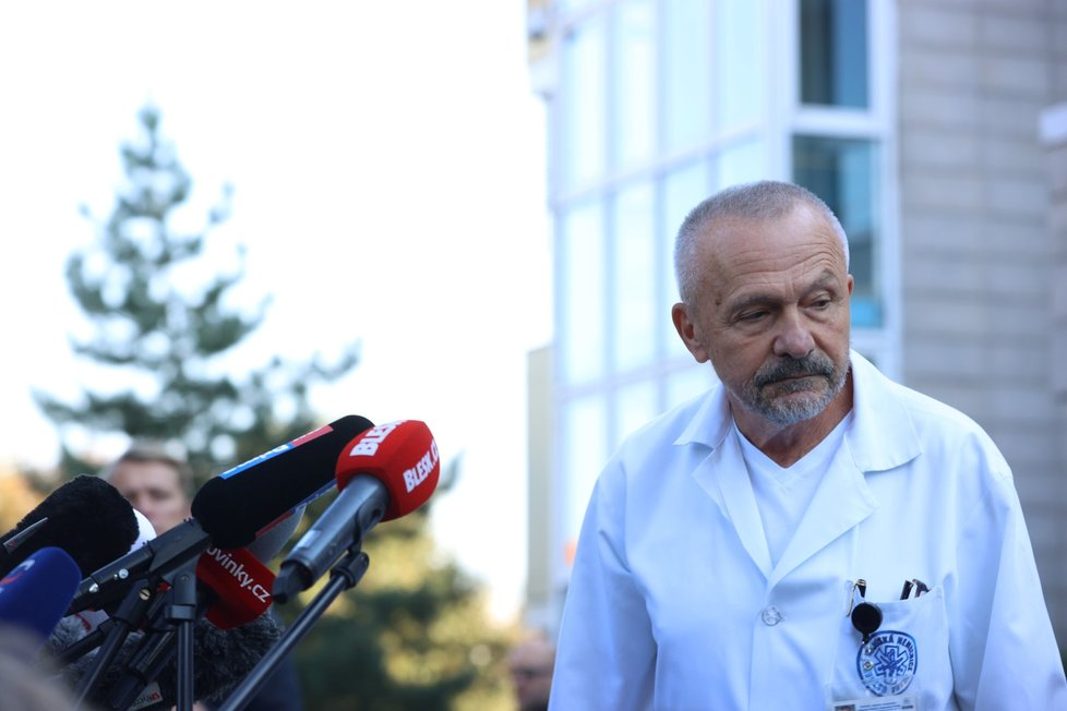 Šéf ÚVN Miroslav Zavoral na tiskové konferenci o zdravotním stavu prezidenta Miloše Zemana (10.10.2021)