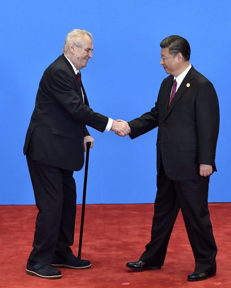 Si Ťin-pching s českým prezidentem Milošem Zemanem.