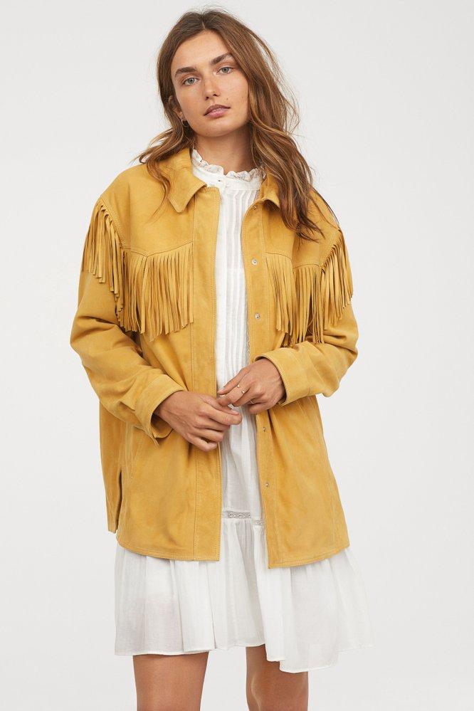 Semišová bunda s třásněmi, H&M Premium, 5999 Kč