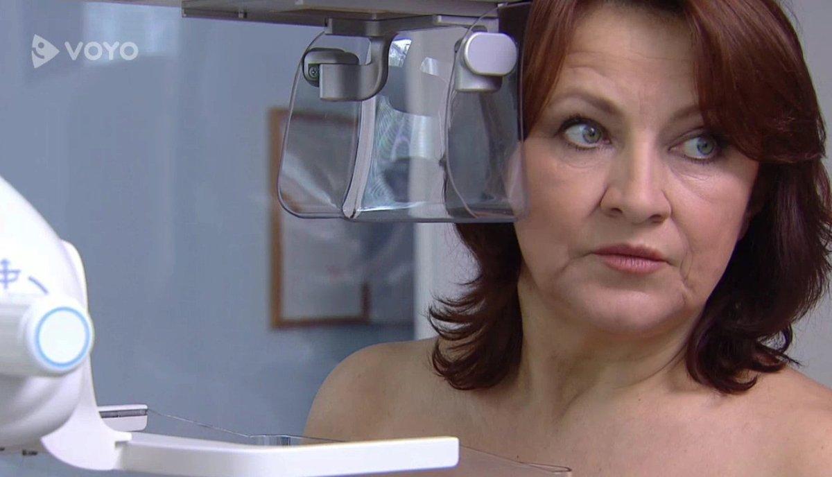 MUDr. Běla Valšíková bude nyní bojovat s rakovinou prsu.