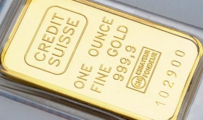 Zlato minulý týden dosáhlo rekordu, když překonalo cenu 1440 dolarů za troyskou unci.