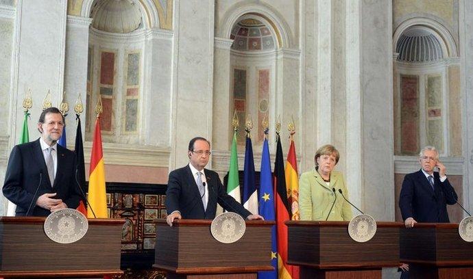 Zleva Mariano Rajoy, Francois Hollande, Angela Merkelová a Mario Monti