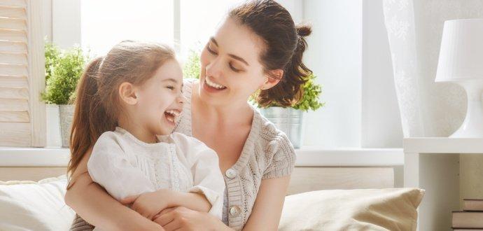 Jaká jste máma podle znamení zvěrokruhu? Panny jsou kritické, Váhy naopak mírumilovné