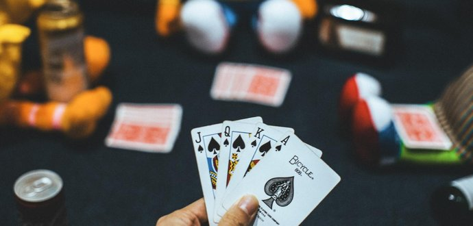 Naučte sa nové hry s kartami
