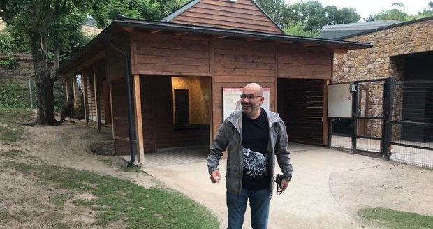 Speciální merch nosí i ředitel zoo
