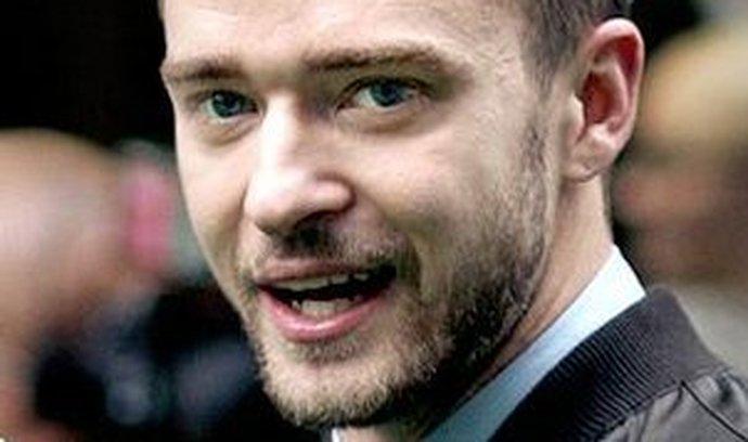 Zpěvák a herec Justin Timberlake investuje do MySpace.