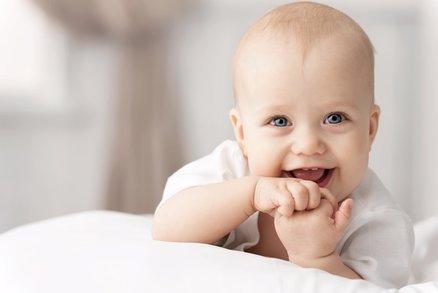 Kolik stojí výbava pro miminko? Můžete ušetřit desetitisíce korun
