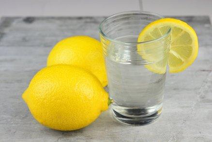 Zázrak na hubnutí aneb voda s citronem. Skutečně to funguje?