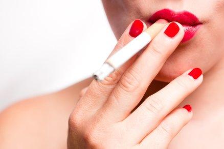 Chcete přestat kouřit a přitom nepřibrat? Tohle už nikdy nesmíte jíst