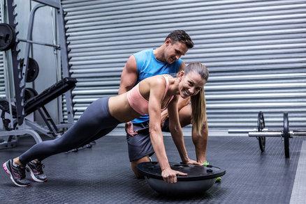Prkno: Cvik, který vám pomůže k plochému břichu. Naučte se ho pořádně!