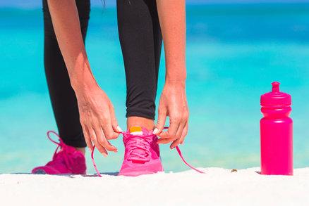 Kdo běhá, měl by pít limonádu, aby spálil více kalorií. Pozor na džusy!
