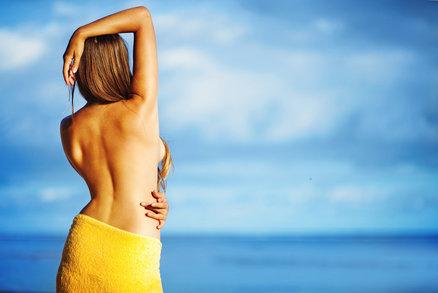 Jak posílit svaly zad a zbavit se tuku? Vyzkoušejte tuto supersérii!