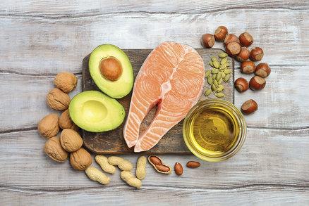 Devět tučných potravin, které v jídelníčku nesmíte vynechat!