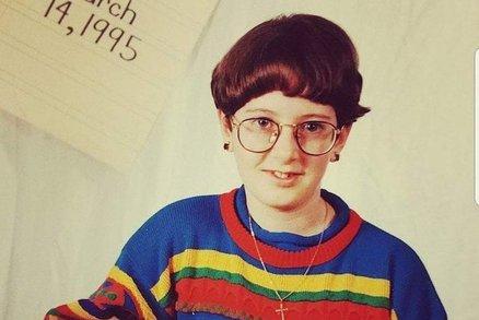 V 10 vypadají na 40! Vážně nepovedené fotky z dětství, na které nechcete vzpomínat