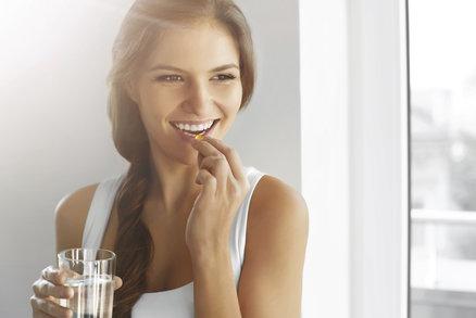 Vitaminy pro ženy podle věku: Které jsou podle odborníků nejlepší v těhotenství nebo menopauze?