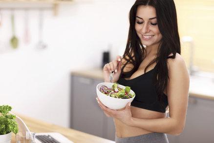 Cvičíte a chcete zhubnout? Zásadní chybu nejspíš děláte po sportu!