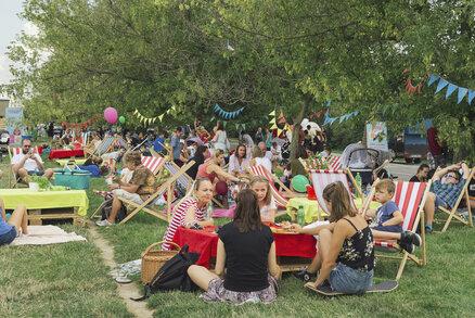 Ladronku pokryly piknikové deky. F.O.O.D. piknik si užili i ti nejmenší labužníci