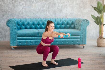 Cvičte s námi v karanténě: Cviky na každý den – ženské křivky