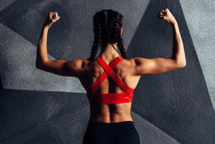 Cvičte s námi v karanténě: Cviky na každý den – pěkná ramena a ruce