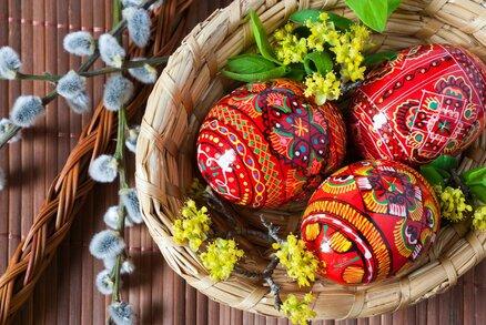 Vyznáte se ve velikonočních zvycích? Kdy péct mazance a kdy hledat poklady?