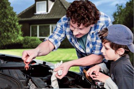 Stěrače stírají… máte připravené auto na cesty?