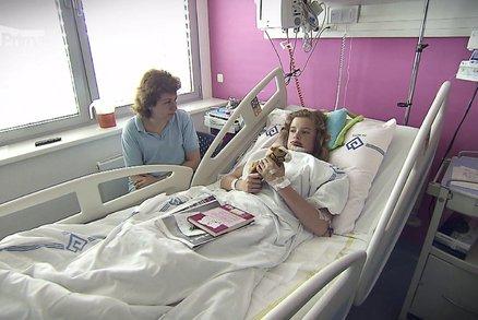 Zuzanka (12) z nemocnice Motol: Přijde o zuby!