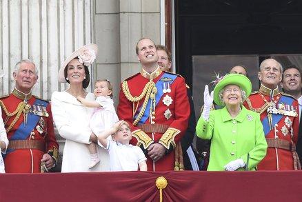 Nejkrásnější momenty prince George a princezny Charlotte v roce 2016!