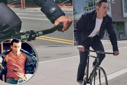 Dráty hír, repráky hír: Google a Levi's chystají chytrou džínovou bundu. Stojí 8900 Kč