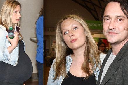 Rašilov vyvedl milenku těsně před porodem: Dělal drahoty s focením