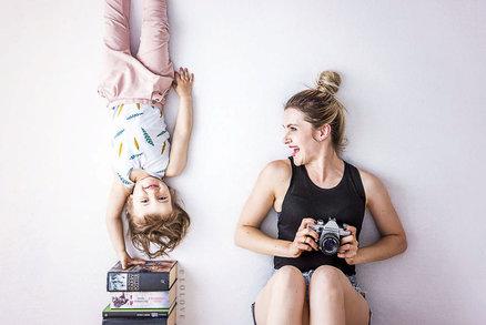 Originální nápad! Rodiče fotí děti tak, jak by vás to asi nenapadlo