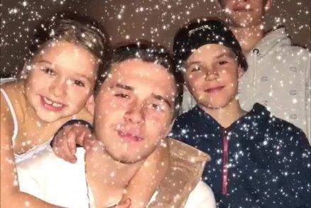 Vánoce u Beckhamových, Dary Rolins a dalších hvězd. Jak je s dětmi trávily?