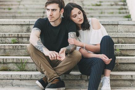 Jak se bezbolestně rozejít s někým, koho stále milujete?