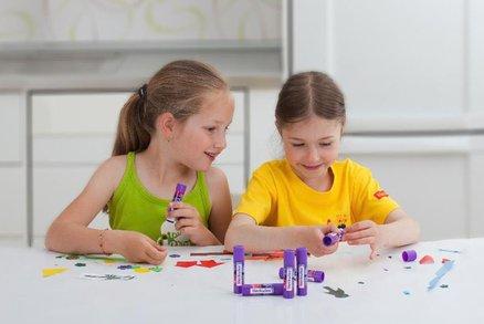 Jak zabavit děti na jaře? Tvorbou, lepením nebo vytvářením vlastních fotoknih!