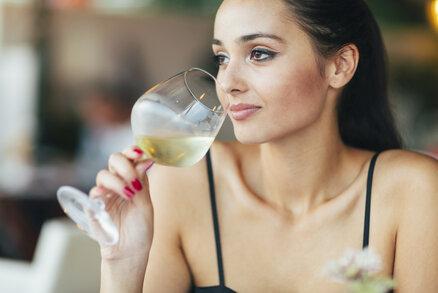 Nová studie prokázala: I pouhá jedna sklenka vína denně může škodit!