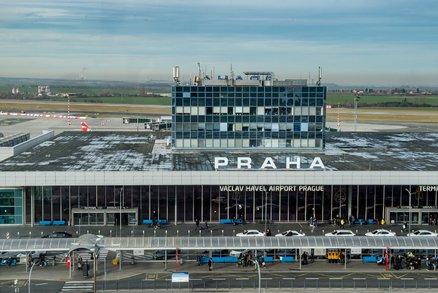Hrozba bombou na pražském letišti? Cestující a personál se špatně pochopili, říká policie