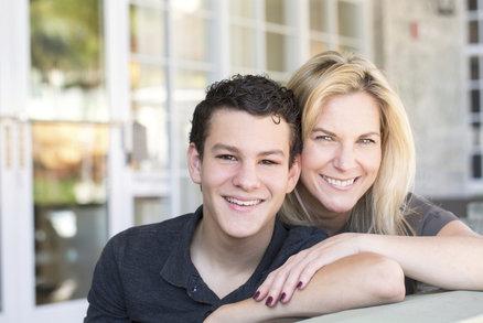 Buďte více přítelem než dozorcem! Osm práv a povinností rodičů teenagerů!