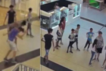 Dětský gang v obchodním centru ztloukl dva chlapce: Policisté hledají hocha v modrém tričku