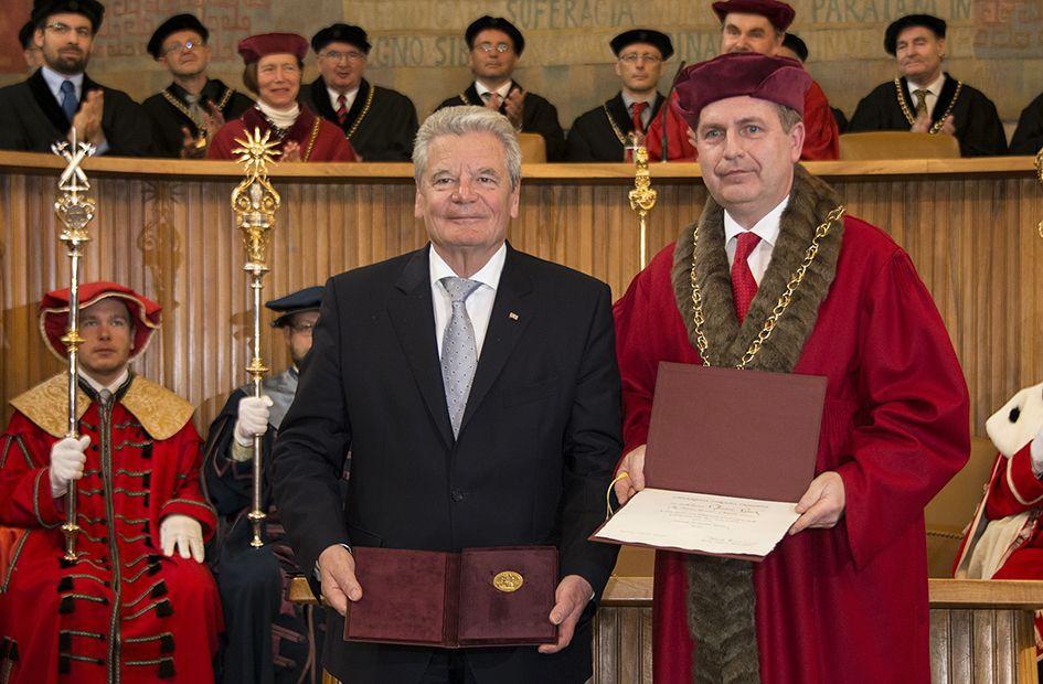 Rektor UK, prof. Tomáš Zima s německým prezidentem Gauckem